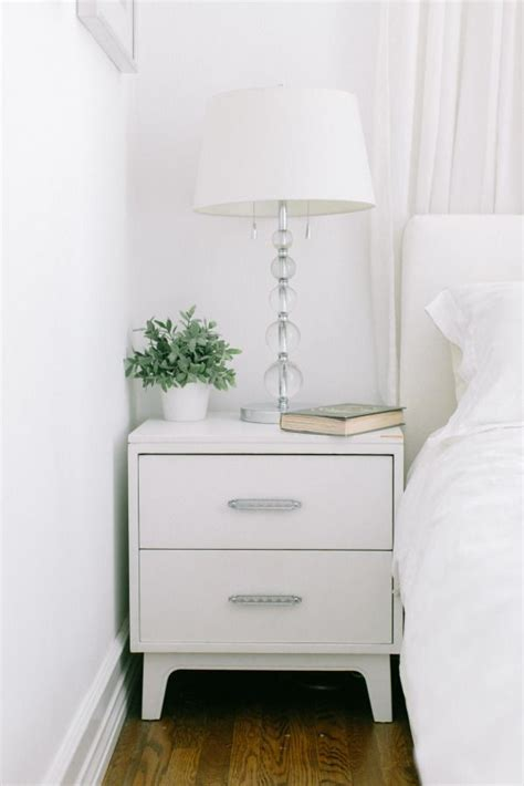 Bed With White Nightstands by 25 Best Nightstand Ideas On Stands