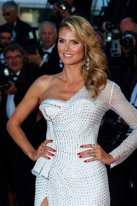 Meryem Uzerli Heidi Klum Beyaz Versace Icinde