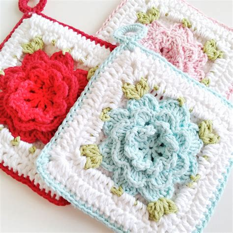 crochet potholders hopscotch lane new pattern vintage inspired crochet flower potholder