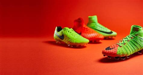 ultigamerz: PES 6 Nike Radiation Flare Boots-Pack 2017