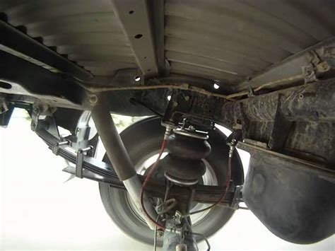 Mitsubishi Triton Rear Suspension Road Test - YouTube