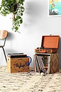 Meuble Platine Vinyle Vintage : le tourne disque vintage et la magie du son ancien design d int rieur pinterest ~ Teatrodelosmanantiales.com Idées de Décoration