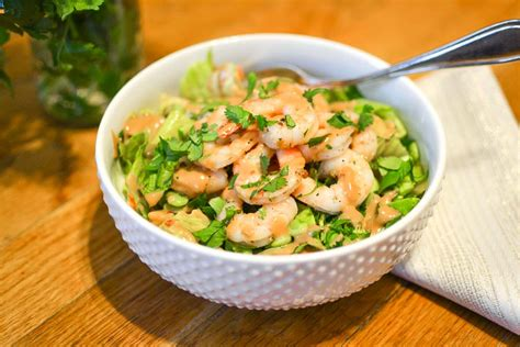 Low carb keto shrimp lettuce wraps with peanut sauce are gf and take just 15 minutes to make! Spicy Thai Shrimp Salad | The Foodie and The Fix