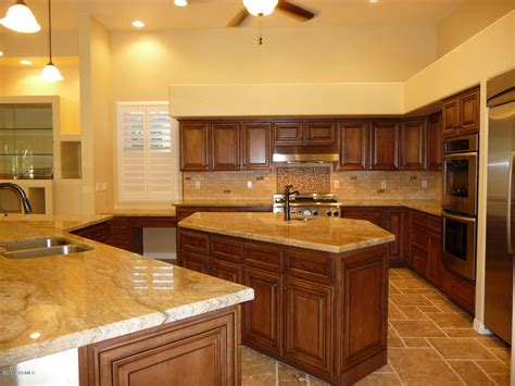Kitchen Ceiling Fans Ideas by Refacing Kitchen Cabinets For Effective Kitchen Makeover