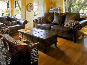 Sofa Im Kolonialstil : wohnzimmer einrichten sofas im kolonialstil living home pinterest colonial british ~ Orissabook.com Haus und Dekorationen