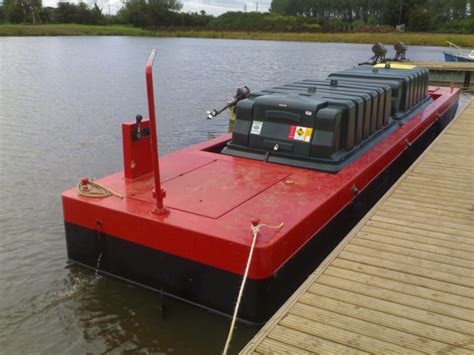 Pontoon Fuel Tank by Fuel Barge Pontoon Installations Pillings Lock Marina