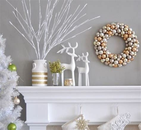 hiring christmas decorating 35 beautiful gold and white d 233 cor ideas