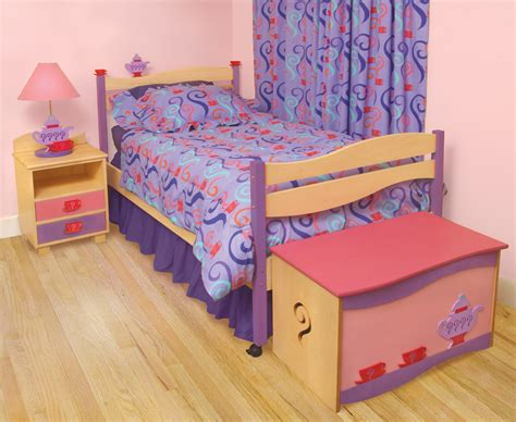 Simple Beds For Little Girl Placement Tierra Este 89938