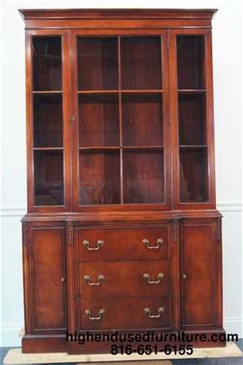 duncan phyfe china cabinet and buffet drexel duncan phyfe mahogany 42 quot china cabinet memories