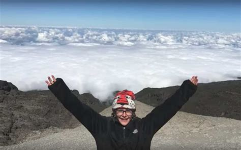 year   youngest female  summit mount