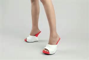 print  shoes   wait