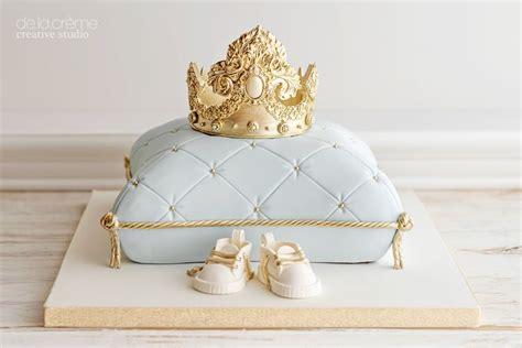 royal baby shower cake royal prince baby shower cake popsugar family photo 2