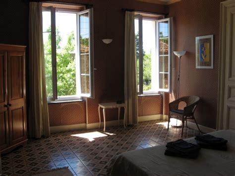 chambre d hote br馼at chambre d 39 hôtes les volets bleus chambre d 39 hôtes salleles d 39 aude