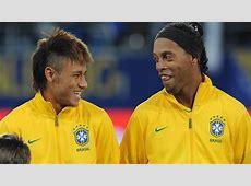 Ronaldinho surprisingly backs Neymar to leave Barcelona