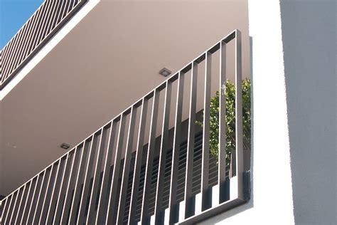 Residential and Bridge Barrier Loading (NZ & AUS)   High