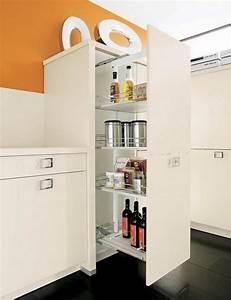 10 super modern kitchen pantry cabinets rilane for Modern kitchen pantry cupboard