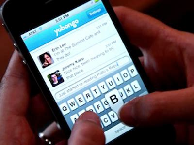 iphone chat yobongo launches iphone app that lets you chat with nearby