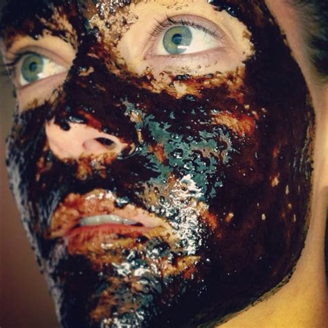 It helps retain moisture in the skin. Homemade, Organic, Raw Facial Masks - Feel More Gooder