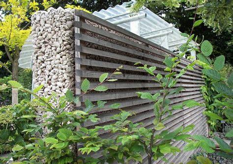 Beton Gießen Schalung by Betonmauer Mit Schalung Errichtet Und Holzverkleidung