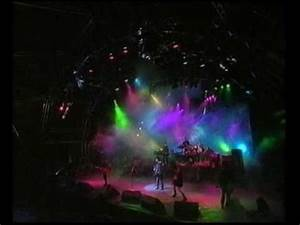 The Cure - Friday Im In Love (Live 1995) - YouTube