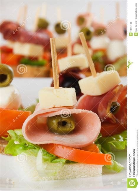 canap buffet froid canape froid de buffet photographie stock image 18747132