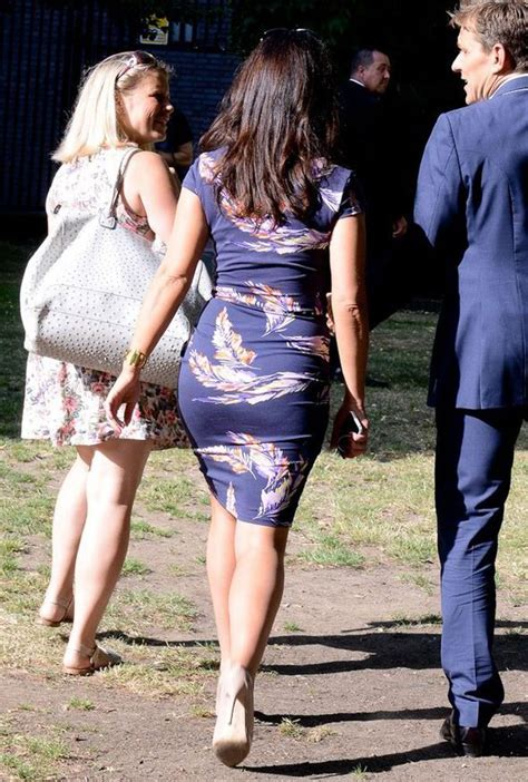 Susanna Reid Goes For Rear Of The Year Award In Skintight