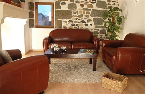 entretenir canapé cuir toutes les astuces pour entretenir votre mobilier en cuir