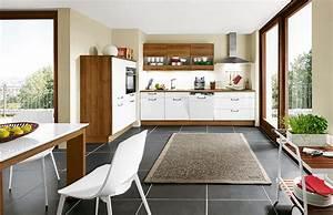 Einbauküche Mit Geräten Günstig : einbauk che preiswert ~ Bigdaddyawards.com Haus und Dekorationen