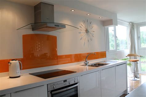 Glass Cupboards For Kitchens by Trendy Glass Splashbacks Adding Style To Your Kitchen