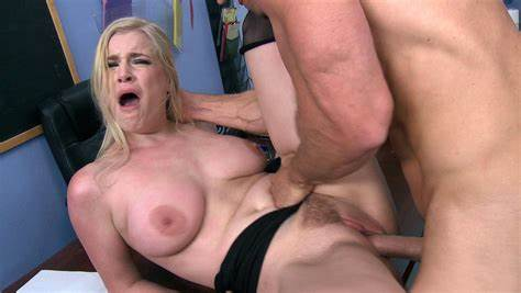 Breast Cutie Danielle Delaunay Getting Her Trimmed Box Slammed