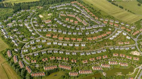 Häuser Park by Ferienpark Center Parcs Medebach Startet Verkauf Der