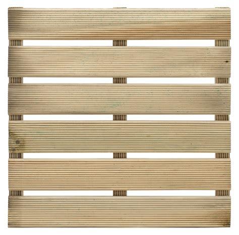 dalle en bois pour terrasse dalle pour terrasse en bois europ 233 en pin sylvestre 40cm x 40cm