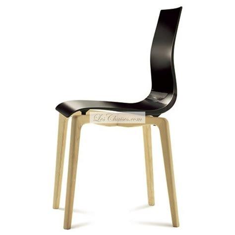 chaises plastique chaise plastique bois gel et chaises design de salle à