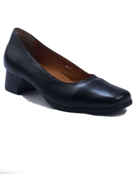 amblers walford wide fit black court shoes