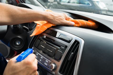 What Is The Best Thing To Clean Car Dashboard