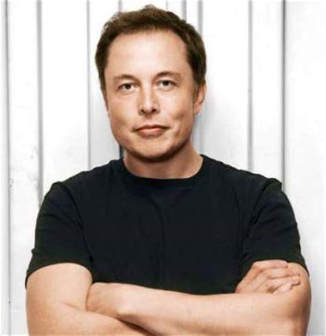 Meet Elon Musk, A Sa Born Billionaire With His Name
