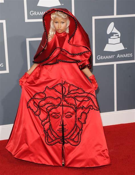 Grammy Awards: Worst Dressed | Celebrity outfits, Grammy ...