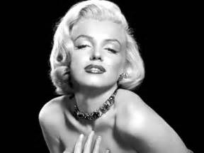 black and white - MARILYN MONROE Picture