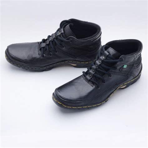 jual beli sepatu boot pria sepatu boots kulit boot