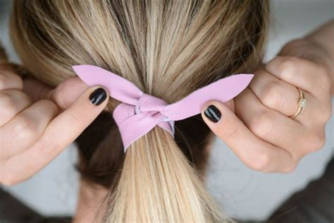 how to tie up long hair hair style and color for woman