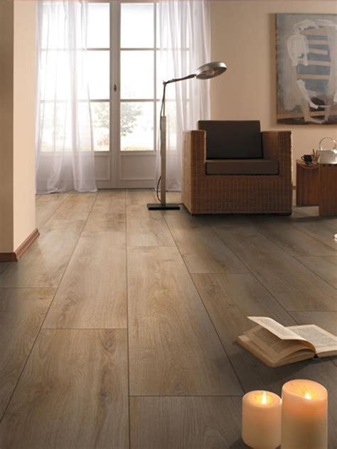 laminate wood flooring getting top 28 laminate wood flooring getting laminate flooring how to get old laminate flooring up