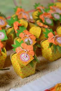 Hawaiian Luau Themed Birthday Parties