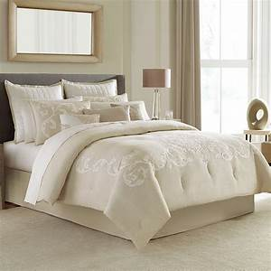 Manor Hill Verona Complete Bedding Set From