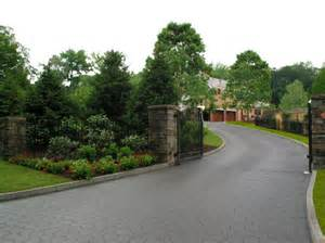Front Driveway Landscaping Ideas