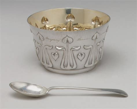 mark  roberts  belk childs porridge bowl  spoon