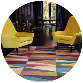 comment bien associer canape tapis plaids  coussins