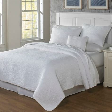 What Is A Coverlet Sham by Traditions Linens Bedding Couture Matelasse Coverlet And Shams