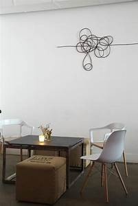Decoration Murale Design : d coration murale l aide de c bles lectriques ~ Teatrodelosmanantiales.com Idées de Décoration