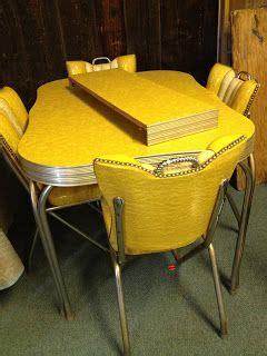 vintage metal kitchen tables  chairs restoring