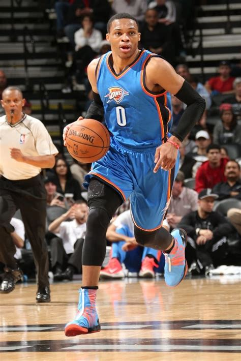 solewatch russell westbrook leads  team   pairs